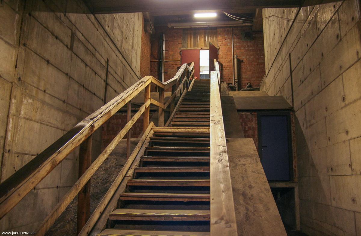 Und hier die Treppe zurück ans Tageslicht.