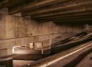 Doch darunter gibt es eine weitere, noch nicht fertig gestellte Station. Hier sollten die Züge des D-Tunnels halten. Doch dieser Tunnel wurde bis heute nicht gebaut.