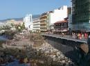 Etwas weiter die Promenade entlang, bietet sich eins der klassischen Fotomotive in Puerto de la Cruz: Wir schauen die Promenade San Telmo entlang zu den Meeresschwimmbädern.