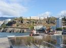 Der Springbrunnen und die Bänke wurden 2015 saniert. Wenn Puerto einmal Geld findet, soll der gesamte Abschnitt neu gestaltet werden.