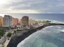 Schlendert man wieder Richtung Küste, hat man in der Nähe des Mirador La Paz eine Top-Aussicht über Puerto de la Cruz.