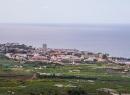 """Der Ortsteil im Vordergrund ist La Paz - von vielen als """"Deutsche Enklave"""" bezeichnet. Allerdings stehen hier einige der schönsten Ferienanlagen und der Name ist Programm: Es ist friedlich und ruhig."""