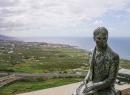 Das isser übrigens höchstselbst: Alexander von Humboldt, der einst während einer Forschungsreise auf Teneriffa weilte und just von diesem Punkt aus ins Orotaval-Tal geblickt haben soll.