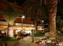 Die Plaza Benito Pérez Galdos: Hier gibt es zwei nette Restaurants, in denen man das Geschehen auf dem Platz entspannt beobachten kann.