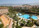 Ganz in der Nähe liegt das Hotel Puerto Palace samt schöner Pool-Anlage.