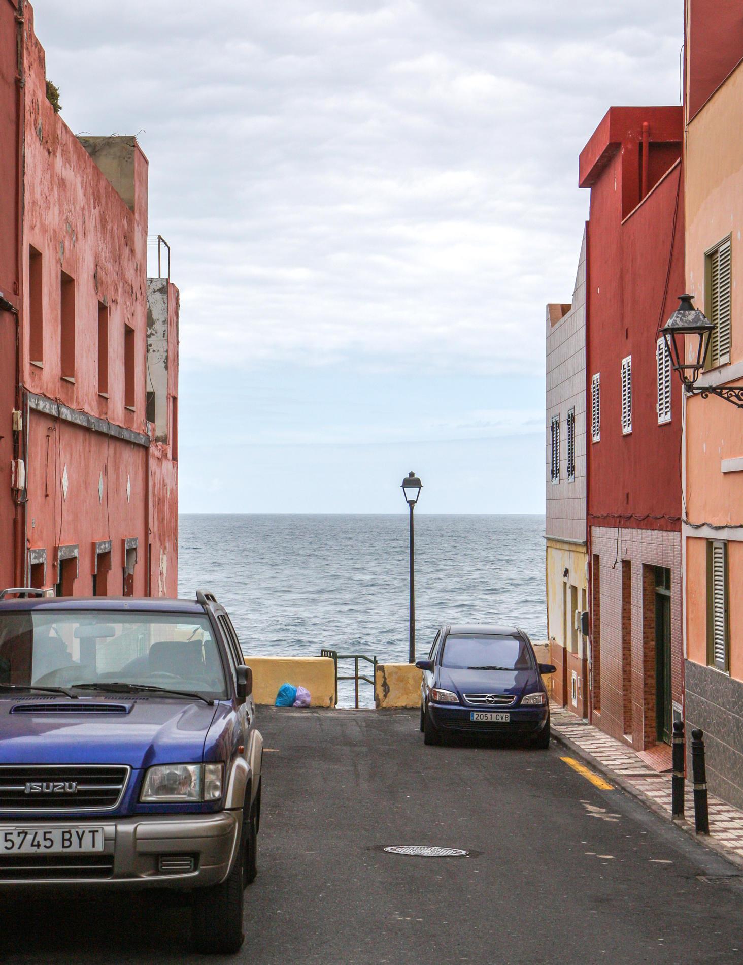 Parkplatz mit Meerblick: Die Straßen enden teilweise direkt am Atlantik.